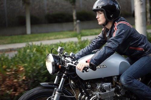 girlsonbikes63