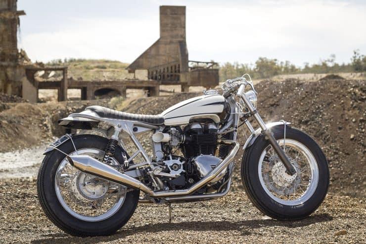 Ton-Up-Garage-Triumph-Hot-Rod-14-740x493