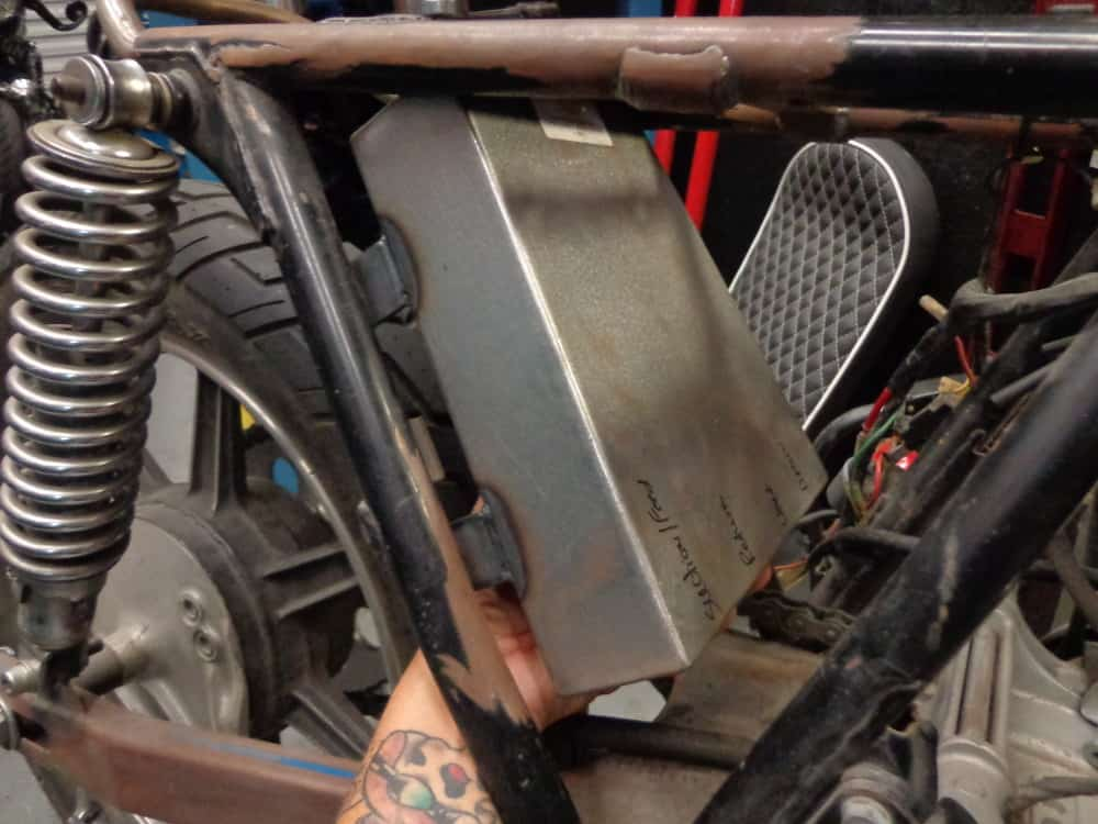 Oil Tank For Cb750 Sohc Stand Up Carpys Cafe Racers