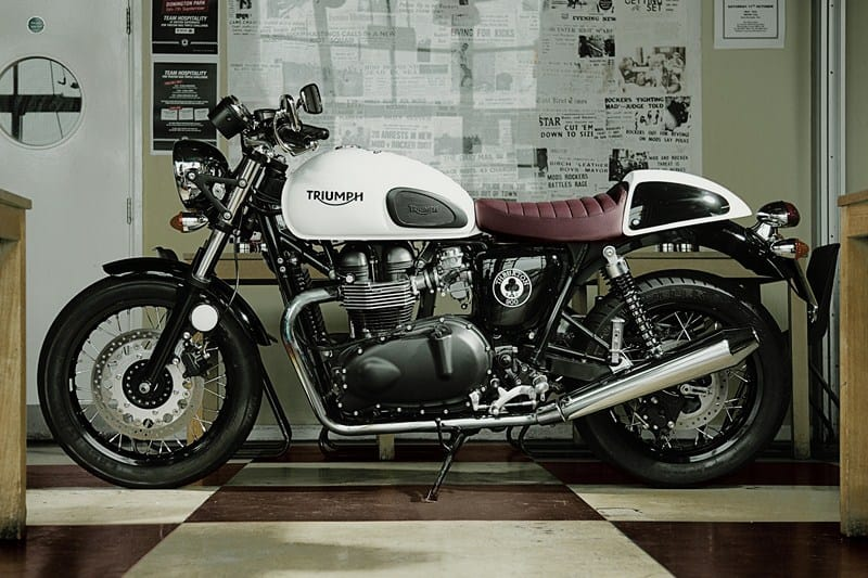 thruxton oil2