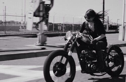 girlsonbikes29