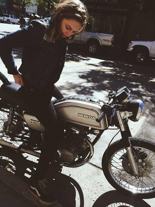 girlsonbikes55