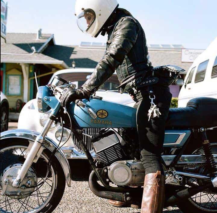 girlsonbikes65