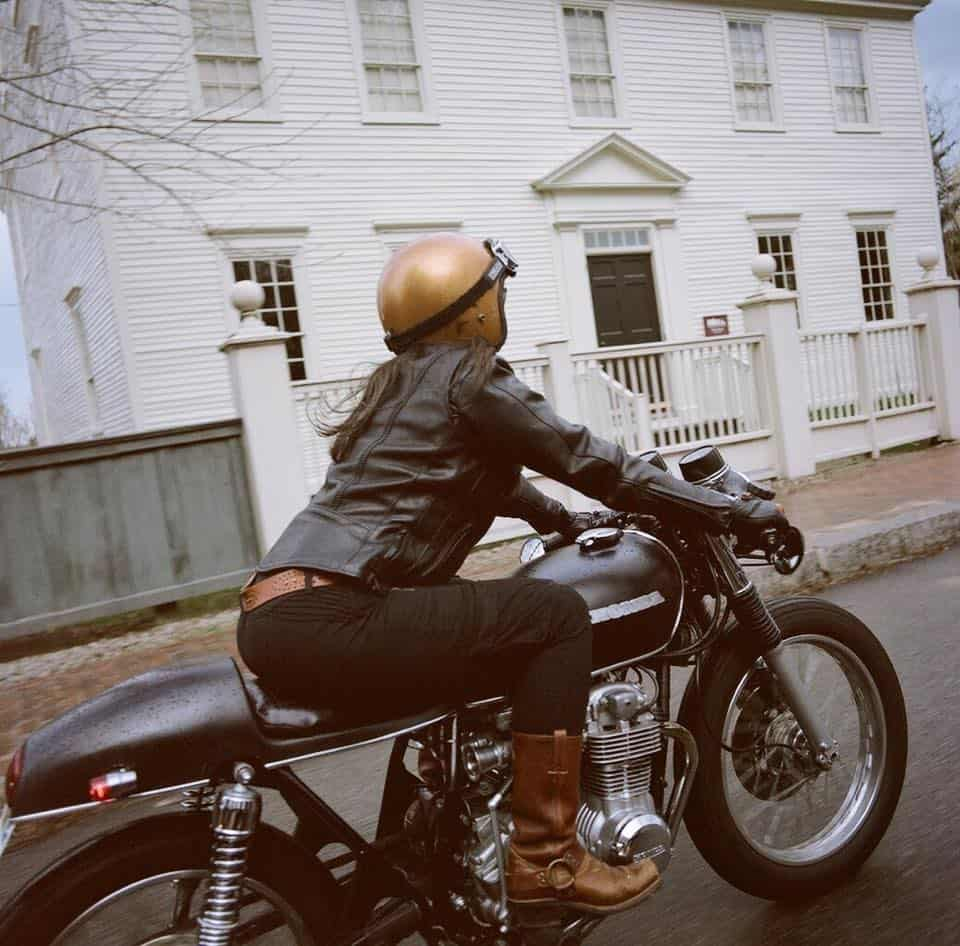 girlsonbikes97